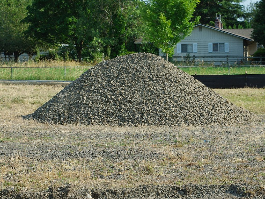 File Lone Pile Of Gravel Hillsboro Oregon Jpg
