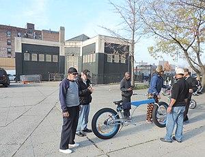 St. Mary's Park (Bronx) - Image: Long bike St Mary's Pk north jeh