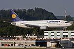 "Lufthansa Boeing 737-330 D-ABXP ""Fulda"" (25380845596).jpg"