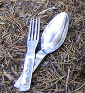 Lusikkahaarukka - A spoon-fork combination used by Finnish military