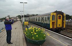Lymington Pier railway station MMB 03 421497.jpg