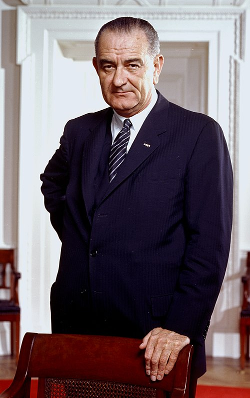 Lyndon b. johnson, photo portrait, leaning on chair, color cropped