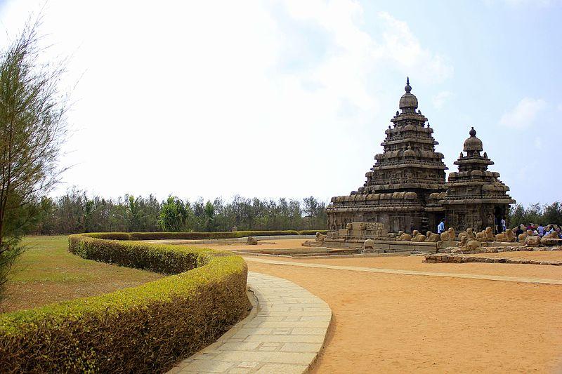 800px-mahabalipuram_shore_temple_3
