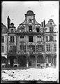 Maison - Façades des maisons de la Grande Place - Arras - Médiathèque de l'architecture et du patrimoine - APDU001342.jpg