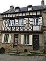 Maison ancienne rue du chateau a auray - panoramio.jpg