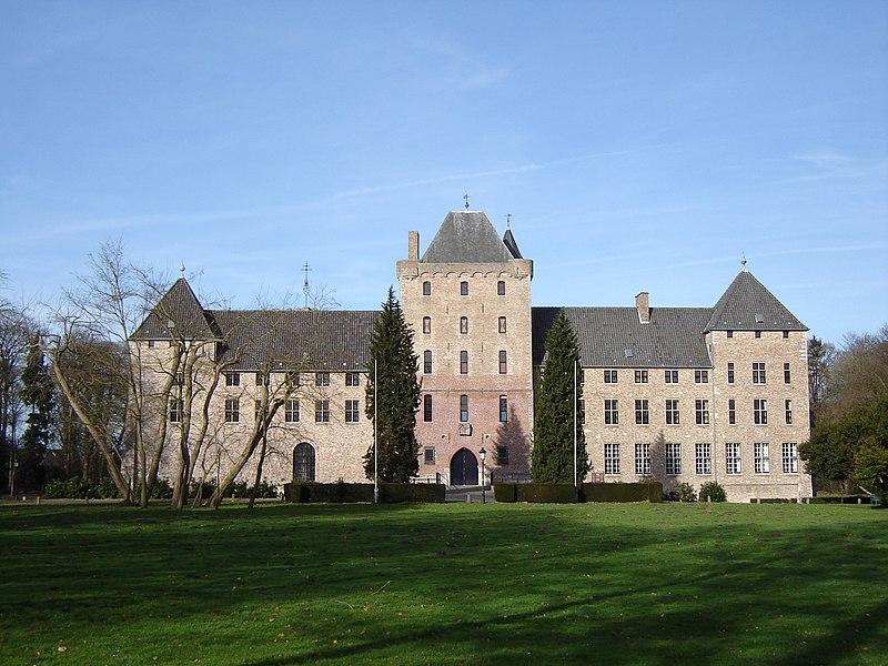 File:Male - Sint-Trudoabdij 2.jpg