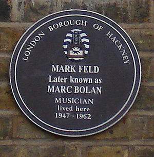 Marc Bolan - Plaque marking Marc Bolan's childhood home, 25 Stoke Newington Common, Hackney. (November 2005)