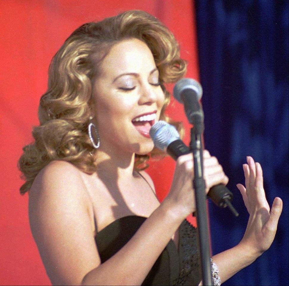 Mariah Carey13 Edwards Dec 1998