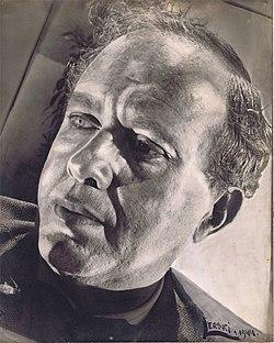 Mark Lavri by Helmar Lerski 1944.jpg