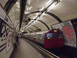 Marylebone Underground Station - Bakerloo line (8091503202) (2)