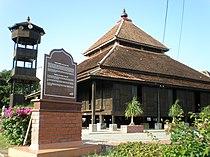Masjid Kampung Laut, Nilampuri, Kelantan, Malaysia.jpg