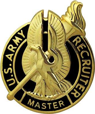 Uniform Service Recruiter Badges (United States) - Army Master Recruiter Badge