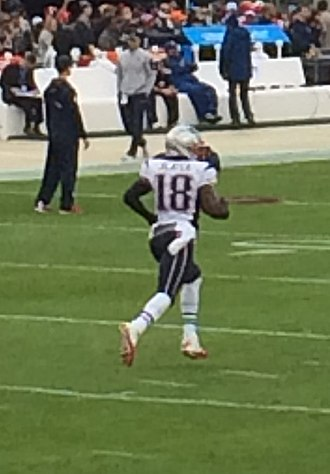 Matthew Slater - Slater warms up before a game in 2016
