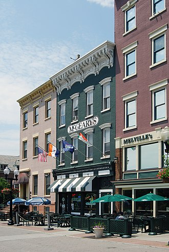 Clinton Avenue Historic District (Albany, New York) - 3-5 Clinton Place, now a pub