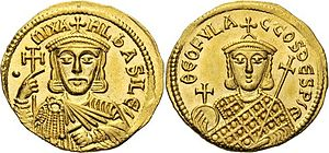 Theophylact (son of Michael I) - Gold solidus of Michael I, with Theophylact on the reverse