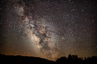 http://upload.wikimedia.org/wikipedia/commons/thumb/7/72/Milkyway-summit-lake-wv1_-_West_Virginia_-_ForestWander.jpg/320px-Milkyway-summit-lake-wv1_-_West_Virginia_-_ForestWander.jpg