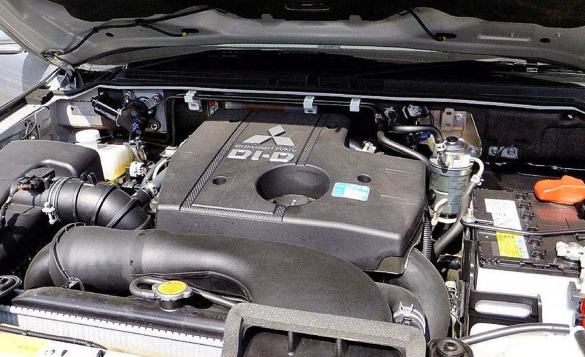 三菱・4m4型エンジン Wikipedia