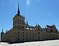 Monasterio de San Lorenzo de El Escorial, fachada Oeste.jpg