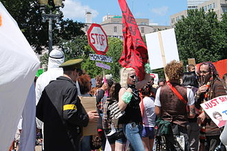 Genetically modified food controversies - Anti-GMO and anti-Monsanto protests in Washington, DC