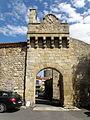 Montpeyroux Porte fortifiée1.JPG