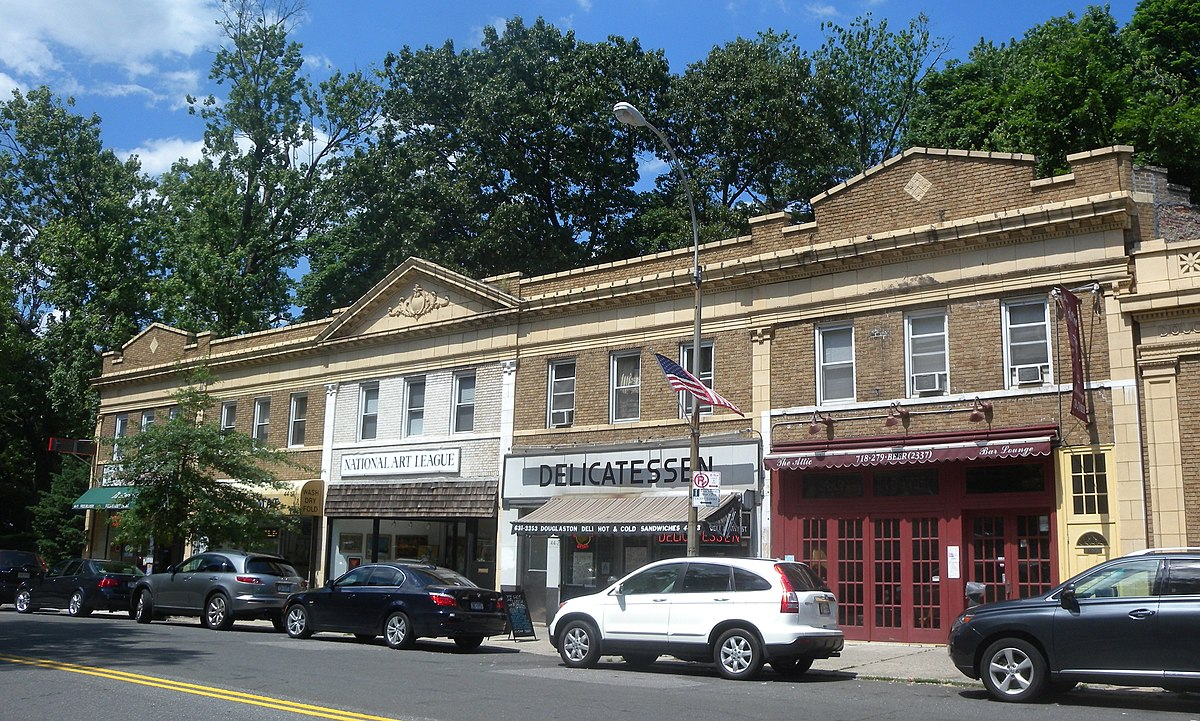 Douglaston queens wikipedia for Craft classes long island