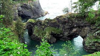 Samuel H. Boardman State Scenic Corridor - Natural coves