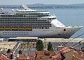Navigator of the Seas, Lisbon, May 2017 (03) (rotated).JPG