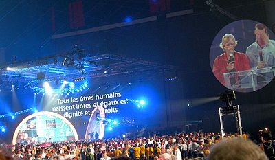 Navratilova and Mark Tewksbury read the Declaration of Montreal at the opening ceremonies of the World Outgames.