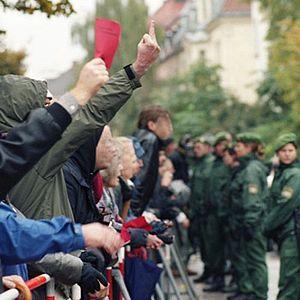 Wehrmachtsausstellung - Counterdemonstration against Bürgerbewegung gegen die Wehrmachtsausstellung, in Munich, 2002