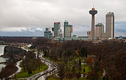 Vista do centro de Niagara Falls