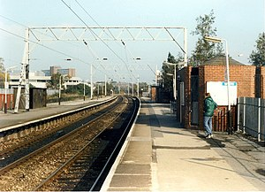Old Trafford tram stop - Old Trafford station (then named Warwick Road) in 1988, prior to conversion to Metrolink