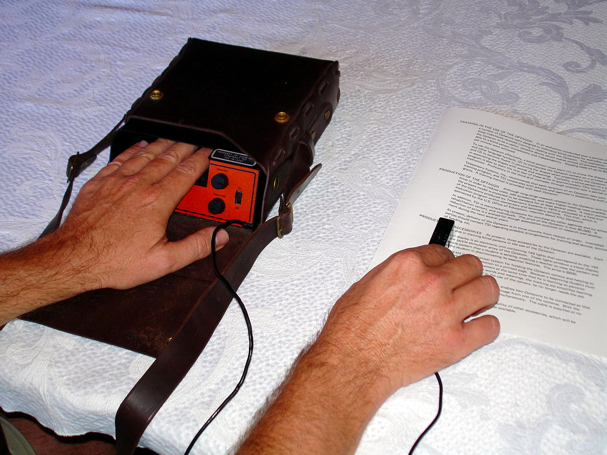 How To Read Braille >> Optacon - Wikipedia
