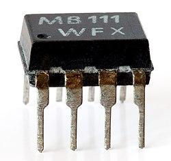 Opto-isolator (aka).jpg