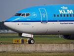 PH-BGC KLM Boeing 737-800 taxiing, 25august2013 pic-2.JPG