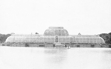 PSM V50 D191 Kew gardens main palm house and lake.jpg