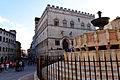 Palazzo dei Priori e Fontana Maggiore 04.jpg