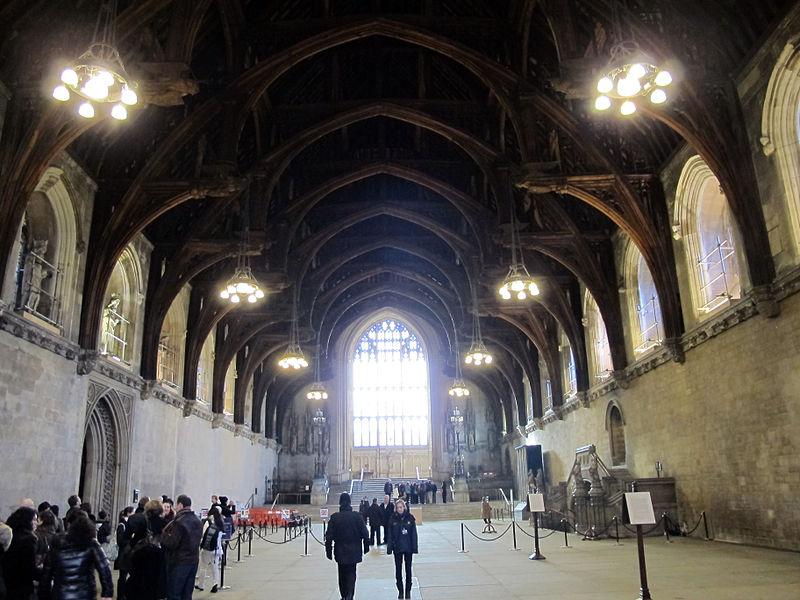 File palazzo del parlamento salone tudor jpg wikimedia for Parlamento wikipedia