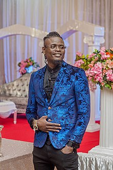 Pallaso at a dinner party.jpg