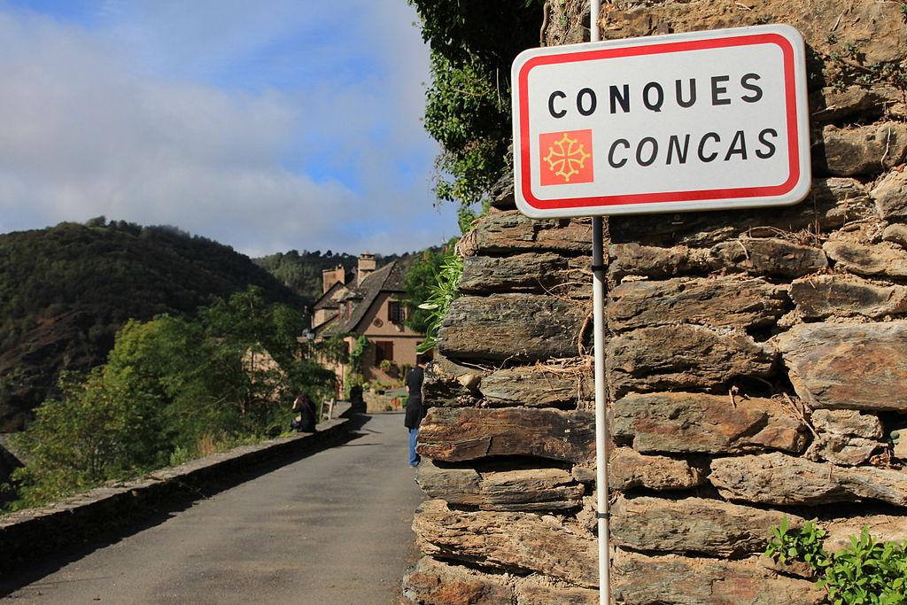 Panneau entrée Conques.jpg