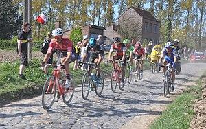 2017 Paris–Roubaix - Image: Paris Roubaix 2017 S7 26km