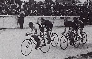 Major Taylor racing in Paris