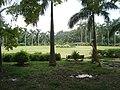 Park around Sheesh Mahal, Shalimar Bagh, Delhi 03.jpg