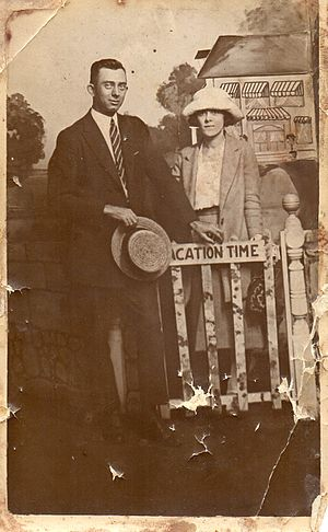 Patrick Flynn (athlete) - Patsy J Flynn on vacation with his wife Florence