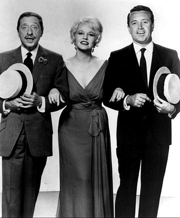 Damone with composer Harold Arlen and Peggy Lee, 1961 Peggy Lee Harold Arlen Vic Damone 1961.JPG