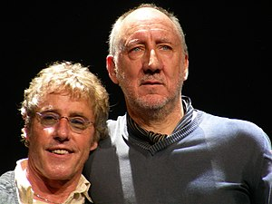 English: Roger Daltrey and Pete Townshend, Phi...