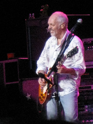 Peter Frampton opens for Jethro Tull at the Ni...