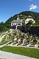 Pfarrkirche Großarl mit dem Ortsfriedhof.jpg