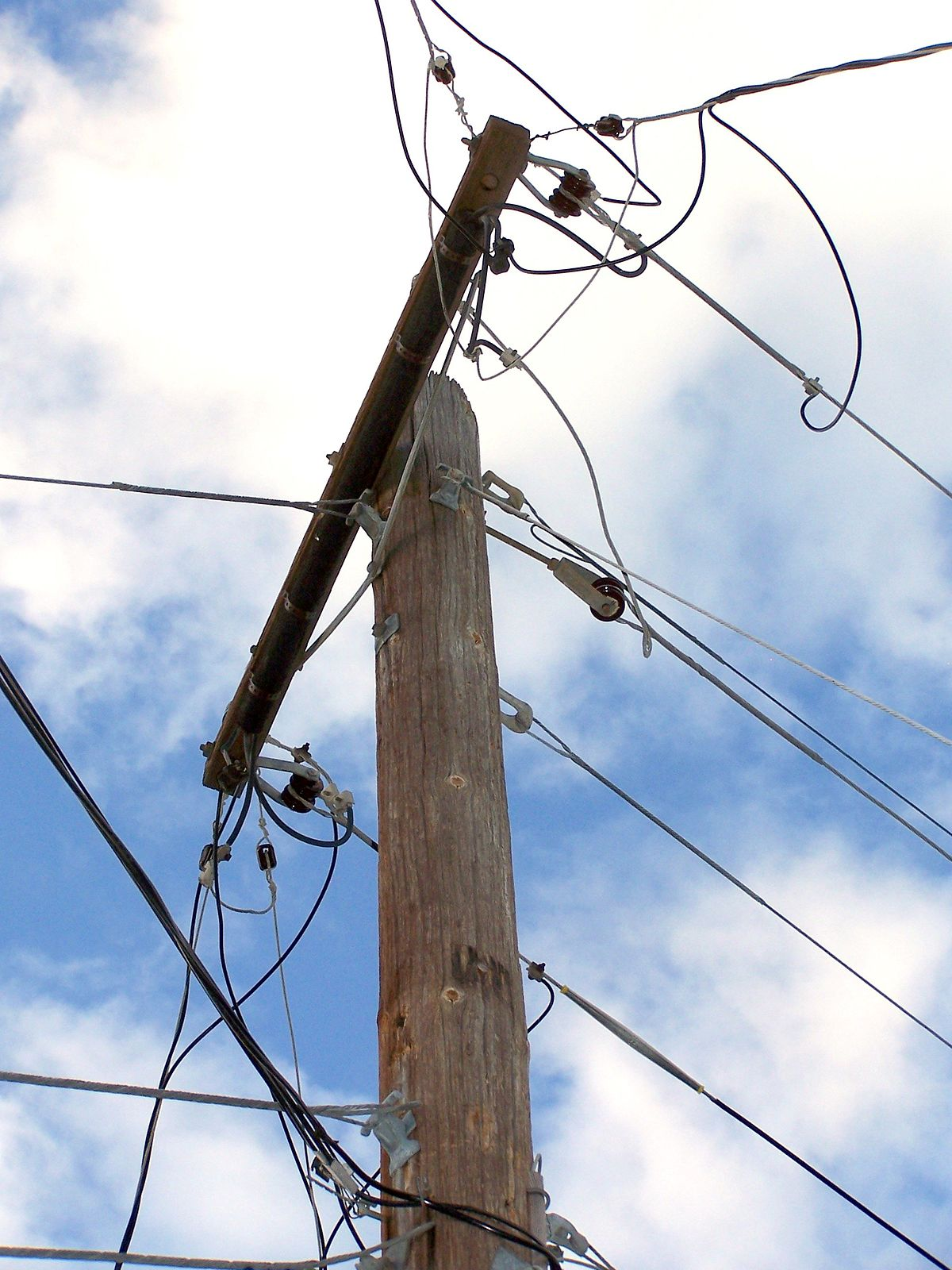Types Of Electrical Poles : Telephone line wikipedia
