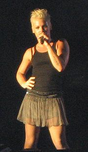Pink live in Freiburg (Oktober 2006)