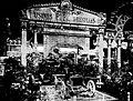 Pipe au salon de l'automobile de Paris en 1904.jpg